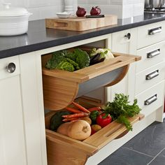 Master the art of smart kitchen storage with these tips!