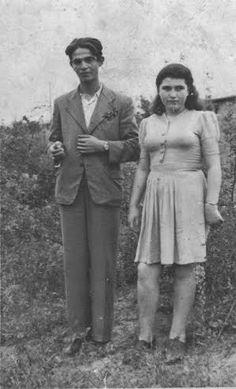 אהרן וסבינה גפן במחנה טמפלהוף