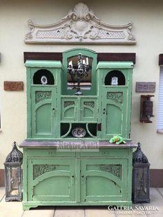 Provence bútor, Antikolt nagytálaló.