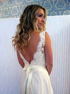 The Backs of These 5 Modern Trousseau Wedding Dresses Will Make You Want to Perfect Your Over-the-Shoulder Face