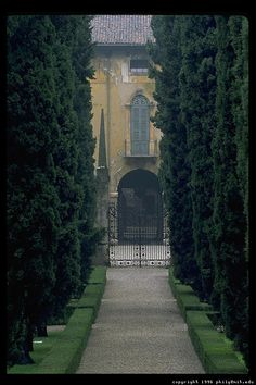 I was here on my honeymoon and it was amazing, Boboli Gardens in Florence, Italy