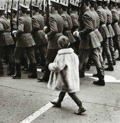Gyula Zarand - Enfant de la Rue, Budapest, 1968