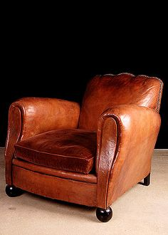 41 Comfy Vintage Home Office Chairs Designs Ideas Using Wood Small Office Furniture, Home Office Chairs, Design Club, Design Design, Leather Club Chairs, Leather Furniture, Leather Sofas, Leather Recliner, French Furniture