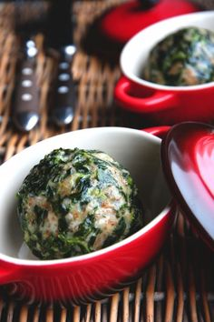 """Dumplings with spinach, recipe from South Tyrol/Südtiroler Spinatknödel (via """"rock the kitchen"""")"""