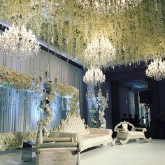 Wedding with our crystal chandeliers as decoration. Perfection in detail. By Dream Occasions UK.  #chandelier #chandeliers #lustre  #weddingdecoration #weddingdecorator #weddingstylist #weddingstyling  #weddingdesign  #weddingdesigner #asianwedding #destinationwedding #europeanwedding #noleggio #lampadari www.showlight.es