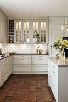 The kitchen that is top-notch white kitchen , modern kitchen , kitchen design plans! White Kitchen Cabinets, Ikea Kitchen, Kitchen Decor, Kitchen Design, Kitchen Cupboard, Kitchen Counters, Kitchen White, New Interior Design, Home Design