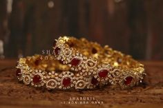 Silver Jewellery Indian, Indian Wedding Jewelry, Silver Jewelry, Indian Bangles, Diamond Bangle, Stone Jewelry, 18k Gold, Jewelery, Pure Products