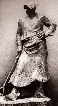 Constantin Meunier (1831-1905) est un peintre sculpteur de la vie ouvrière belge. Il a été profondément inspiré par le bassin minier de la province du Hainaut en Belgique.
