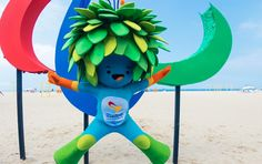 The Paralympic Games mascot jumps for joy at the unveiling of the Agitos symbol at Copacabana beach (Photo: Rio 2016/Alex Ferro)