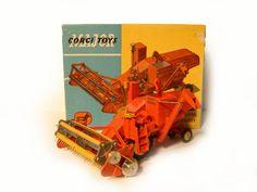 Corgi Toys diecast model Massey-Ferguson Combine Harvester - complete with original box! Antique Toys, Vintage Toys, 1980 Toys, Cool Stuff For Sale, Combine Harvester, Corgi Toys, Plastic Model Cars, Hobby Toys, Farm Toys