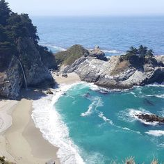 McWay Falls #California is another beautiful #JamTravel spot. Great pic @mariceljohns!