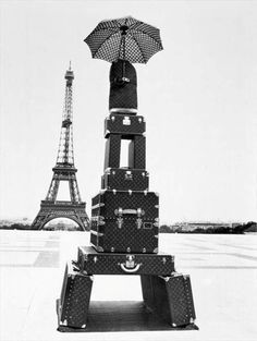 Eiffel tower made from LV luggage and trunks = LOVE!!