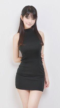Mini Skirt Dress, Mini Skirts, Sexy Skirt, Cute Asian Girls, Cute Girls, Asian Fashion, Girl Fashion, Dress Fashion, Fashion Cape