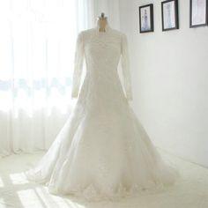 Long Sleeve Lace Appliques Wedding Dress A-line Bridal