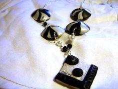 PIERROT : collana fatta a mano in argilla polimerica (FIMO) - hand made polymer clay necklace