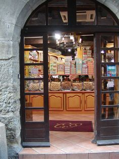 Biscuit bakery in Carcassonne, France