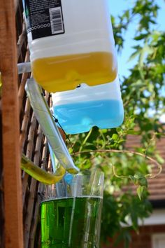 Colour mixing water wall #Science #GardenScience
