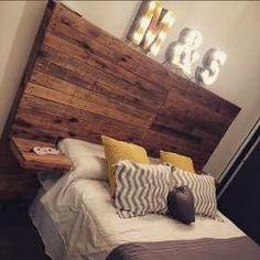 Respaldos De Cama Con Madera Reciclada - $ 2.499,00 Backboards For Beds, Very Small Bedroom, Living Room Decor, Bedroom Decor, Bedroom Ideas, Diy Storage Bed, Home Trends, Dream House Plans, My Room