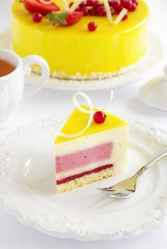 Люблю готовить. - Лимонно-клубничный торт-мусс.
