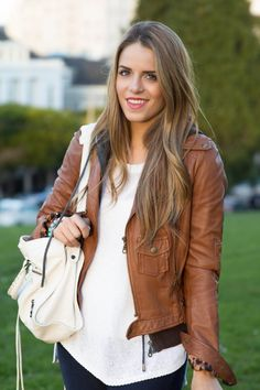 Gal Meets Glam ♥ A Style and Beauty Blog by Julia Engel ♥ Love her hair color!