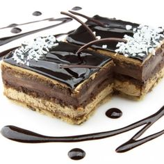 Learn how to prepare Chocolate Cake with Mocha Cream. Blend the biscuits and nuts in a blender or food p. Greek Sweets, Chocolate Pies, Chocolate Cream, Dessert Recipes, Desserts, Dessert Food, Something Sweet, Greek Recipes, Cake