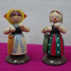 4 Trachtenkinder Erzgebirge Figuren (Lausitz-oder Sorbentracht) in Antiquitäten & Kunst, Volkskunst, Erzgebirge | eBay