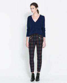 Skinny Trousers With Zip by Zara Checkered Trousers, Plaid Pants, Sneakers To Work, Checker Pants, Pantalon Cigarette, Zara New, Work Chic, Affordable Clothes, Zara Women