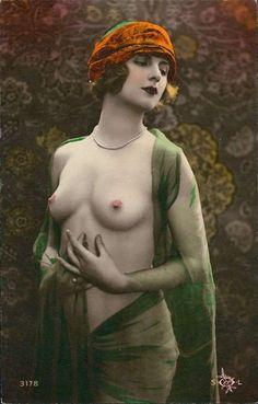 69bd9b35cdc746e918e0734282f1eb55--nude-photography-vintage-photography.jpg (514×804)