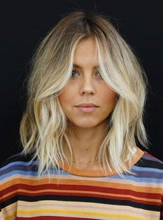 Choppy and Wavy Lob - 60 Inspiring Long Bob Hairstyles and Long Bob Haircuts for 2019 - The Trending Hairstyle Cool Haircuts, Hairstyles Haircuts, Blonde Hairstyles, Lob Hairstyle, Braid Hairstyles, 2018 Haircuts, Trending Hairstyles, Summer Hairstyles, Pretty Hairstyles