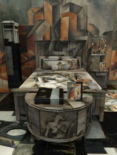 Picasso Bed and Breakfast; Jon Rafman Wraps Entire Rooms With Classic Paintings