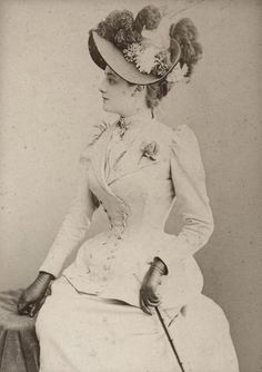 Mlle Grateau. Circa 1893.