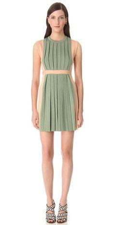 Moschino Sleeveless Pleated Dress