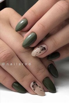 Discover cute and easy nail art designs for all occasions. Find inspiration for Easter, Halloween and Christmas and create your next nail art design. Almond Acrylic Nails, Cute Acrylic Nails, Acrylic Nail Designs, Cute Nails, Pretty Nails, My Nails, Glitter Nails, Classy Almond Nails, Short Almond Nails