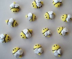 Edible royal icing bees -- Handmade cupcake toppers cake decorations (50 pieces) on Etsy, $15.00
