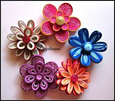 12 Awesome Paper Quilling Jewelry Designs To Start Today – Quilling Techniques Neli Quilling, Quilling Videos, Quilling Work, Paper Quilling Flowers, Paper Quilling Jewelry, Quilling Paper Craft, Quilling Techniques, Paper Crafts, Quilling Dolls