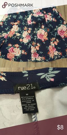 Rue21 Floral Print Skater Skirt Classy and comfortable! Like new! Rue21 Skirts Circle & Skater