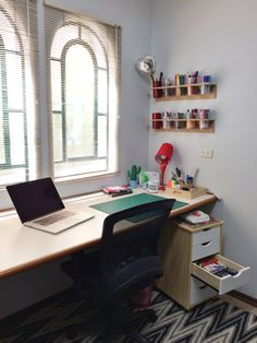 Up no home office: Marina Viabone - Adoro Home Office
