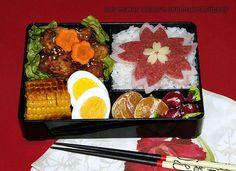 student bento #10: Sakura Bento   The big sakura you can see…   Flickr