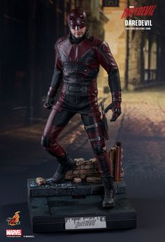 toyhaven: Check out Hot Toys Marvel Netflix scale Charlie Cox Daredevil collectible figure Daredevil Suit, Daredevil Tv Show, Daredevil Action Figure, Daredevil Costume, Netflix Daredevil, Marvel Comic Character, Marvel Characters, Marvel Dc Comics, Marvel Heroes