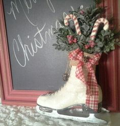 ICE SKATE - Christmas Ice skate - Wreath - Wall decor - Door decor ...