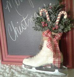 ICE SKATE - Christmas Ice skate - Wreath - Wall decor - Door decor ...