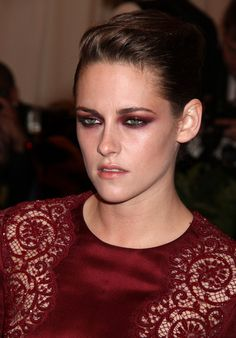 Kristen Stewart at the 2013 Met Gala, wearing red eyeshadow. Beauty mishap or edgy and interesting?