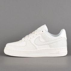 size 40 598b1 2f7ea Nike WMNS Air Force 1 `07 Premium, sail   light bone   white