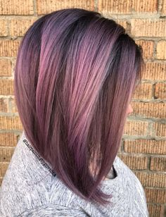Rose gold and dusky lavender make a gorgeous color! Rose gold and du Hair Color Balayage, Ombre Hair, Wavy Hair, Gold Hair, Purple Hair, Lavender Hair, Stylish Hair, Pretty Hairstyles, Men's Hairstyle
