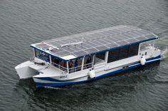Emission-free solar boats