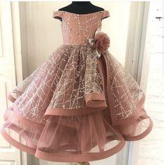 Girls Frock Design, Kids Frocks Design, Baby Frocks Designs, Baby Dress Design, Little Girl Wedding Dresses, Baby Girl Party Dresses, Girls Pageant Dresses, Dresses Kids Girl, Frocks For Girls