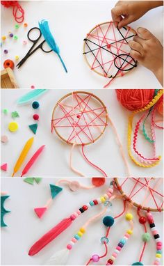 fabriquer un attrape rêve original et le décorer de ficelle rose et de perles et plumes