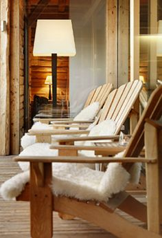 Ferme de Moudon - this is the French Ski Chalet from Grand Designs. (how cute are the sheepskin bum warmers? Chalet Design, House Design, Design Design, Chalet Style, Chalet Interior, Interior Design, Ski Lodge Decor, Ski Chalet, Creative Decor
