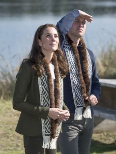 Kate Middleton Photos Photos - Catherine, Duchess of Cambridge visits the island of Haida Gwaii during the Royal Tour of Canada on September 30, 2016 in Haida Gwaii, Canada. Prince William, Duke of Cambridge, Catherine, Duchess of Cambridge, Prince George and Princess Charlotte are visiting Canada as part of an eight day visit to the country taking in areas such as Bella Bella, Whitehorse and Kelowna. - 2016 Royal Tour to Canada of the Duke and Duchess of Cambridge - Haida Gwaii, British…