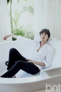 Jung Il Woo Enhances Natural Beauty Of Bali In BNT International | Couch Kimchi